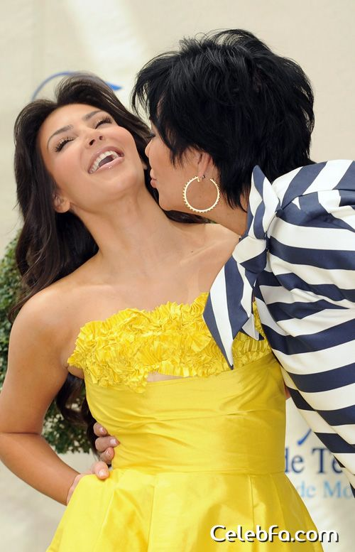 kim-kardashian-6109-celebfa-com