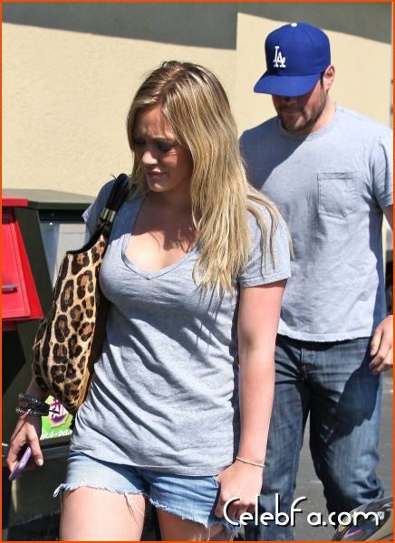 Hilary Duff and Mike - celebfa-com (2)