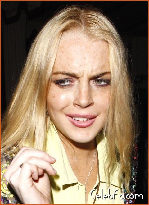 Lindsay Lohan-celebfa-com (2)