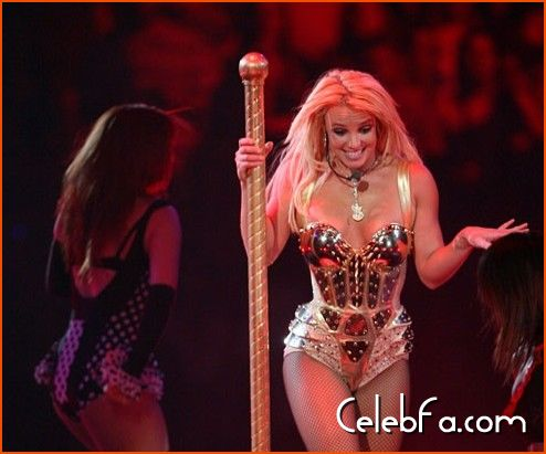 Britney Spears-celebfa-com (3)