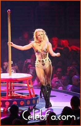 Britney Spears-celebfa-com (4)