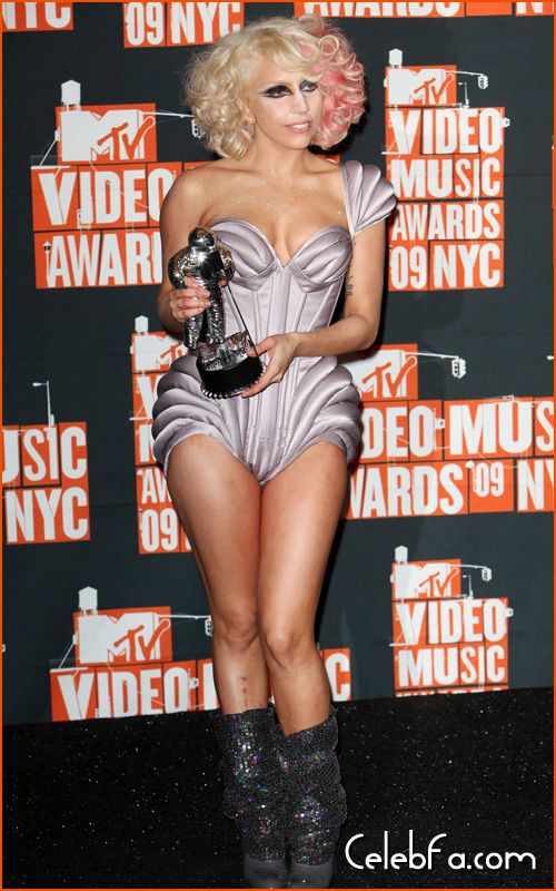 mtv-vma-final-celebfa-com (18)