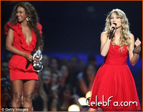 mtv-vma-final-celebfa-com (2)