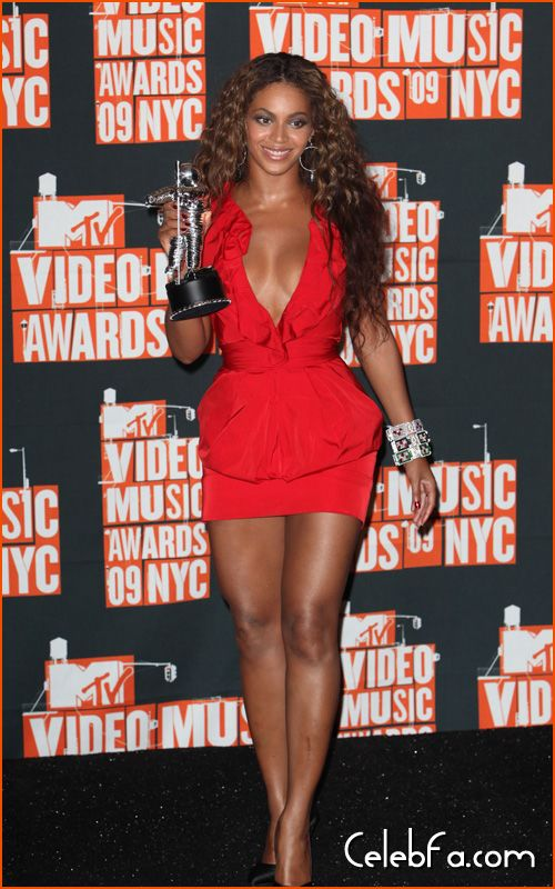 mtv-vma-final-celebfa-com (21)