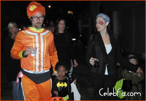 Angelina Jolie Brad Pitt Halloween celebfa-com (6)