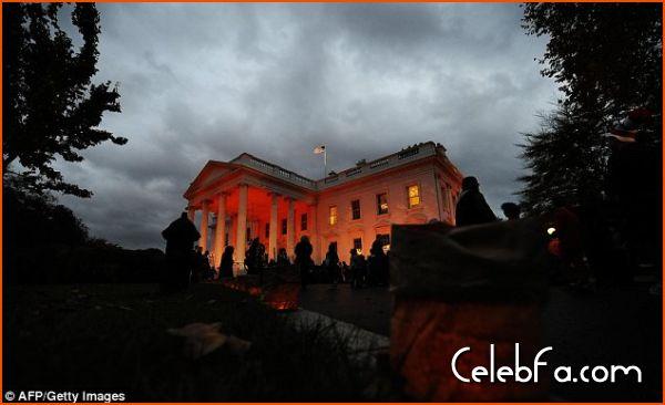 Barack Obama-halloween-celebfa-com (4)
