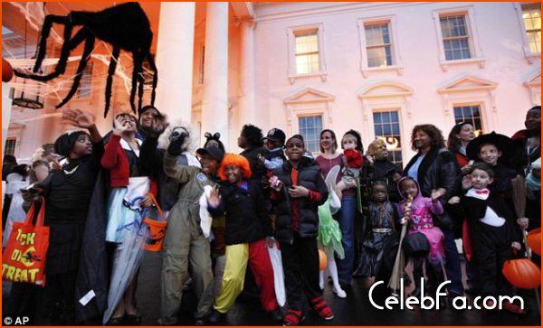 Barack Obama-halloween-celebfa-com (6)