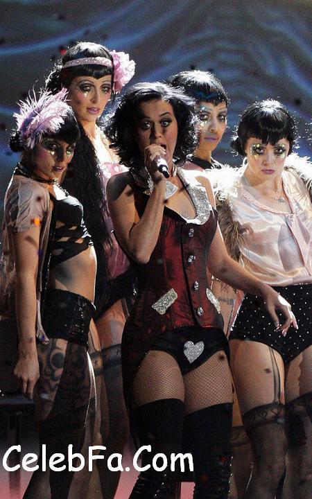 katy-perry-perf-1159-4