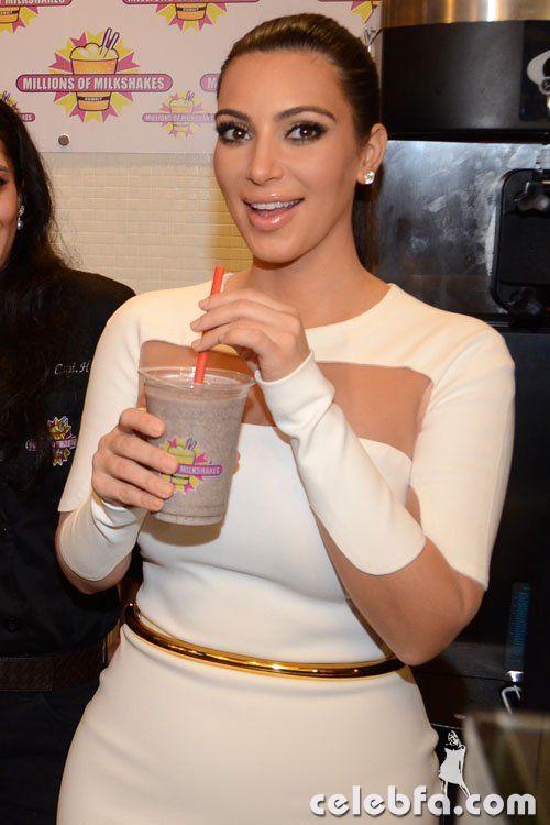 Kim-Kardashian-112912x- (4)