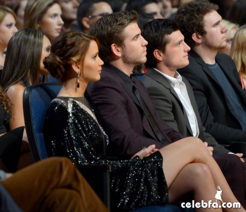 2013 People's Choice Awards_CelebFa_Com (13)