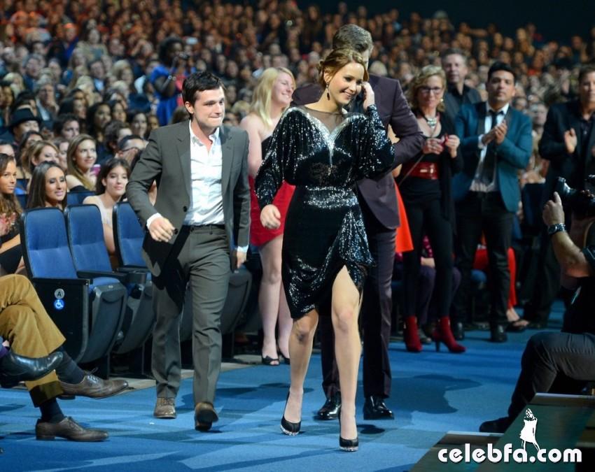 2013 People's Choice Awards_CelebFa_Com (14)