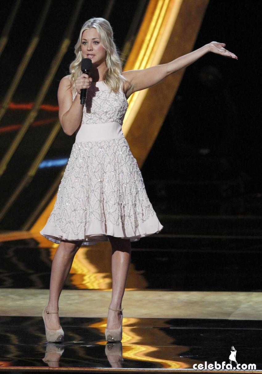 2013 People's Choice Awards_CelebFa_Com (24)