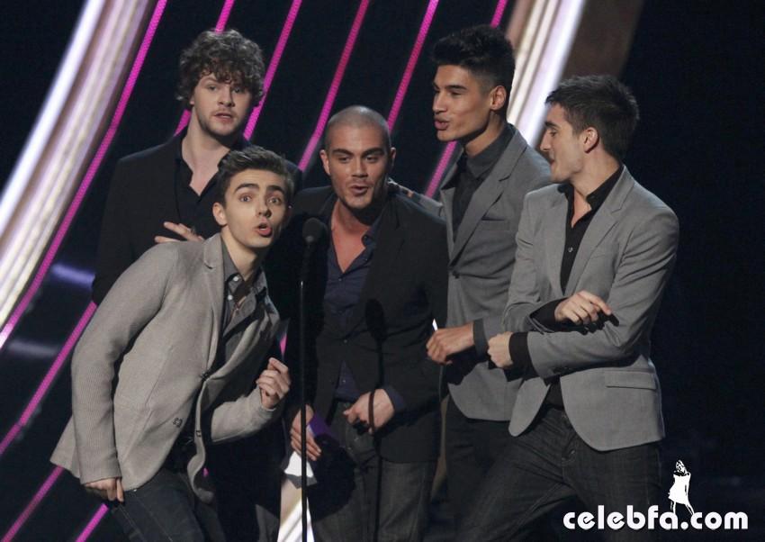 2013 People's Choice Awards_CelebFa_Com (3)