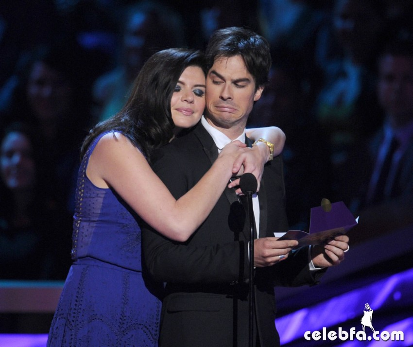 2013 People's Choice Awards_CelebFa_Com (4)