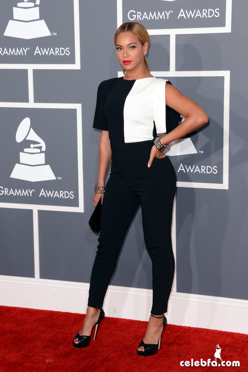 Beyonce Grammy Awards 2013-CelebFa_Com (1)