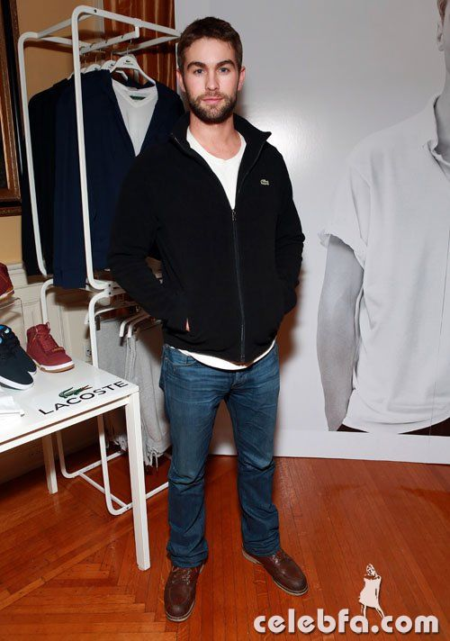 Chace-Crawford-020213-4