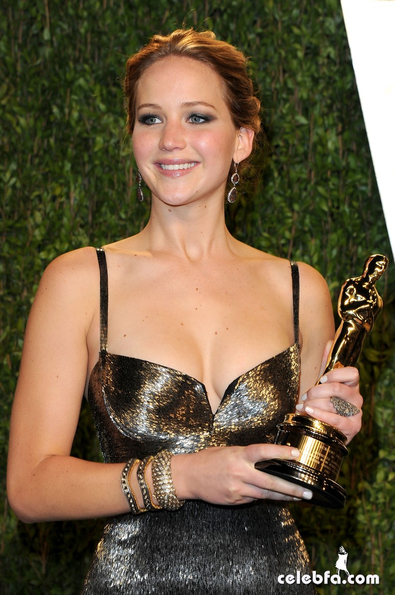 Jennifer Lawrence Vanity Fair Oscars Party 2013