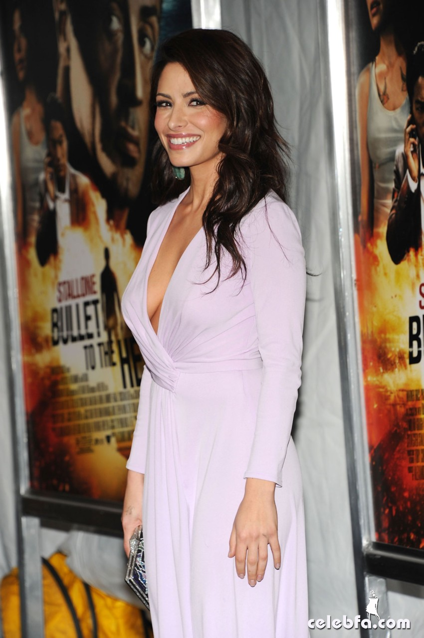SARAH-SHAHI-at-Bullet-To-The-Head-Premiere-in-New-York-7