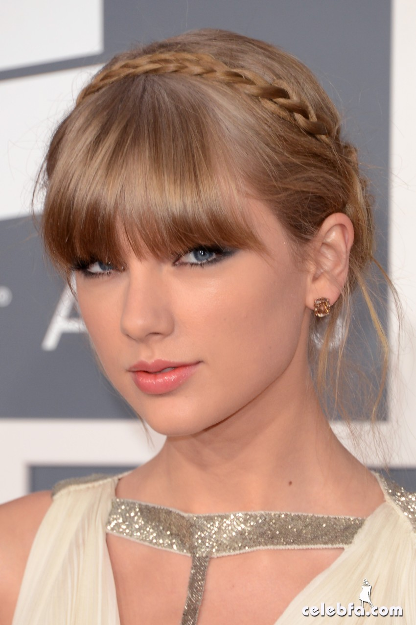 Taylor Swift Grammy Awards 2013-CelebFa_Com (1)