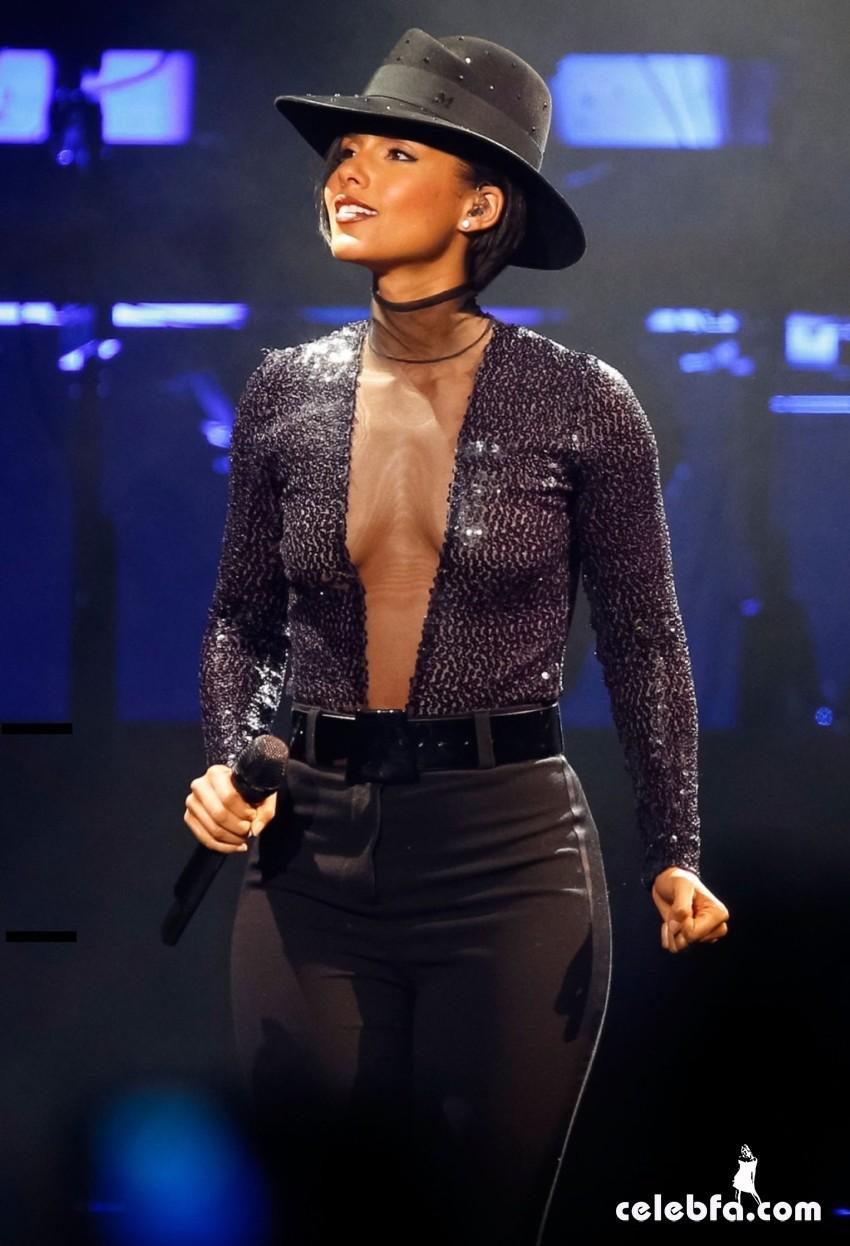 Alicia Keys-CelebFa_Com (1)
