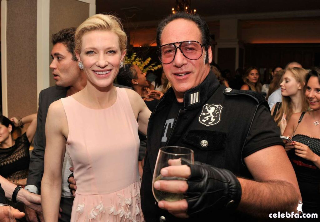 Cate-Blanchett-attends-the-Blue-Jasmine-Premiere--13_celebf