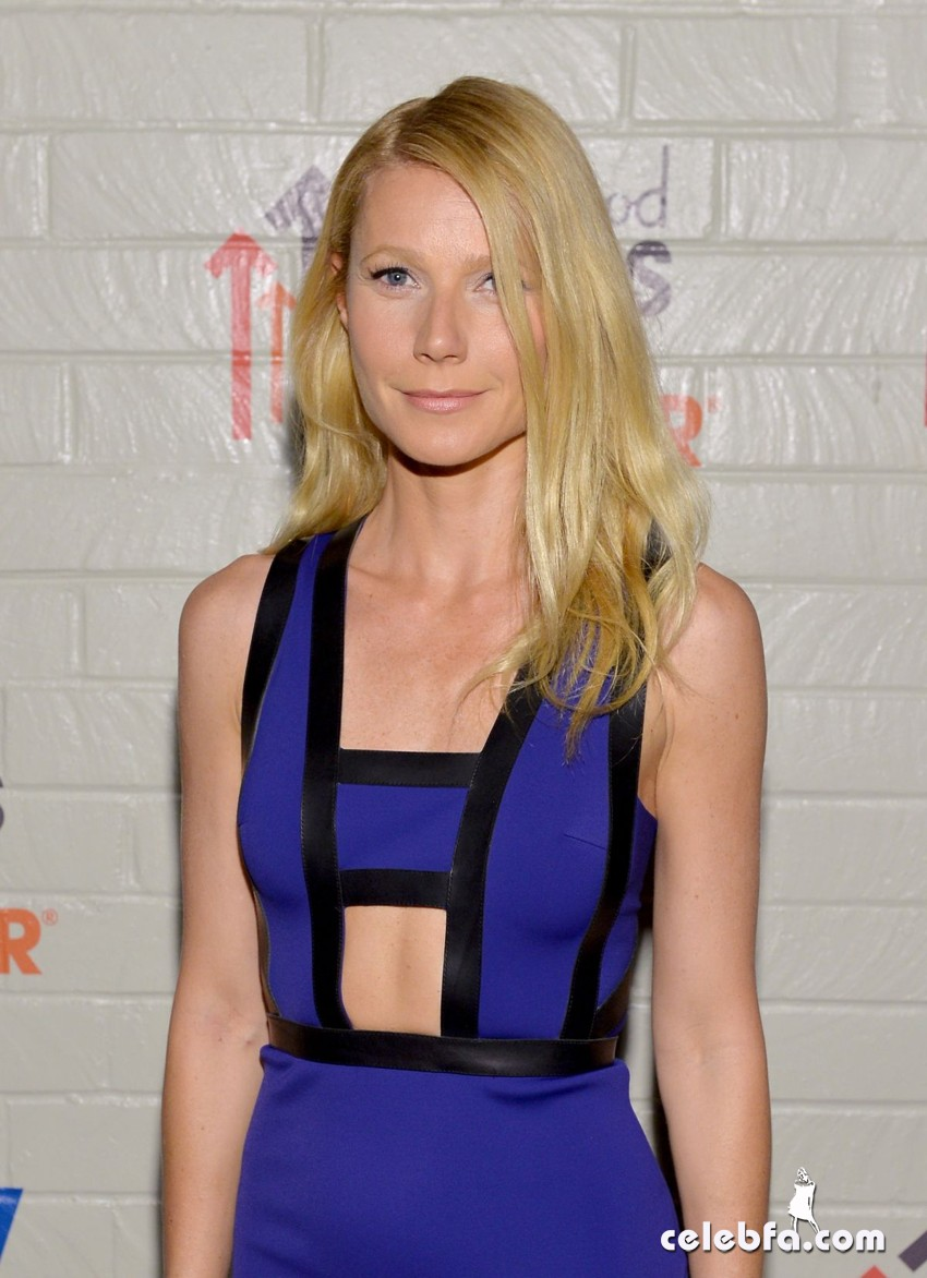 gwyneth-paltrow-at-hollywood-stands-up-to-cancer-event_CelebFa (1)