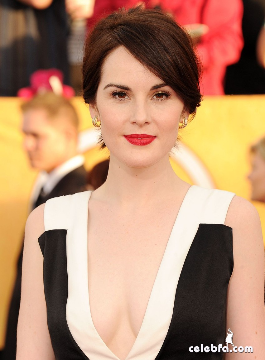 michelle-dockery-at-2014-sag-awards-CelebFa (1)