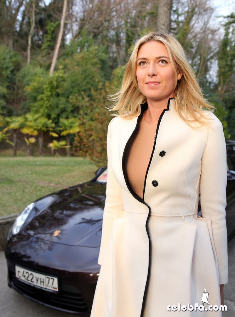 maria-sharapova-at-porsche-presentation-CelebFa (1)