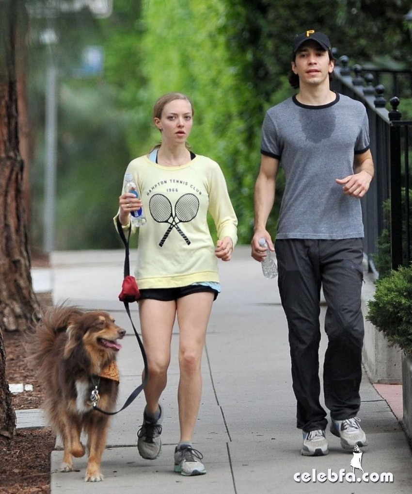 amanda-seyfried-and-justin-long-CelebFa (1)