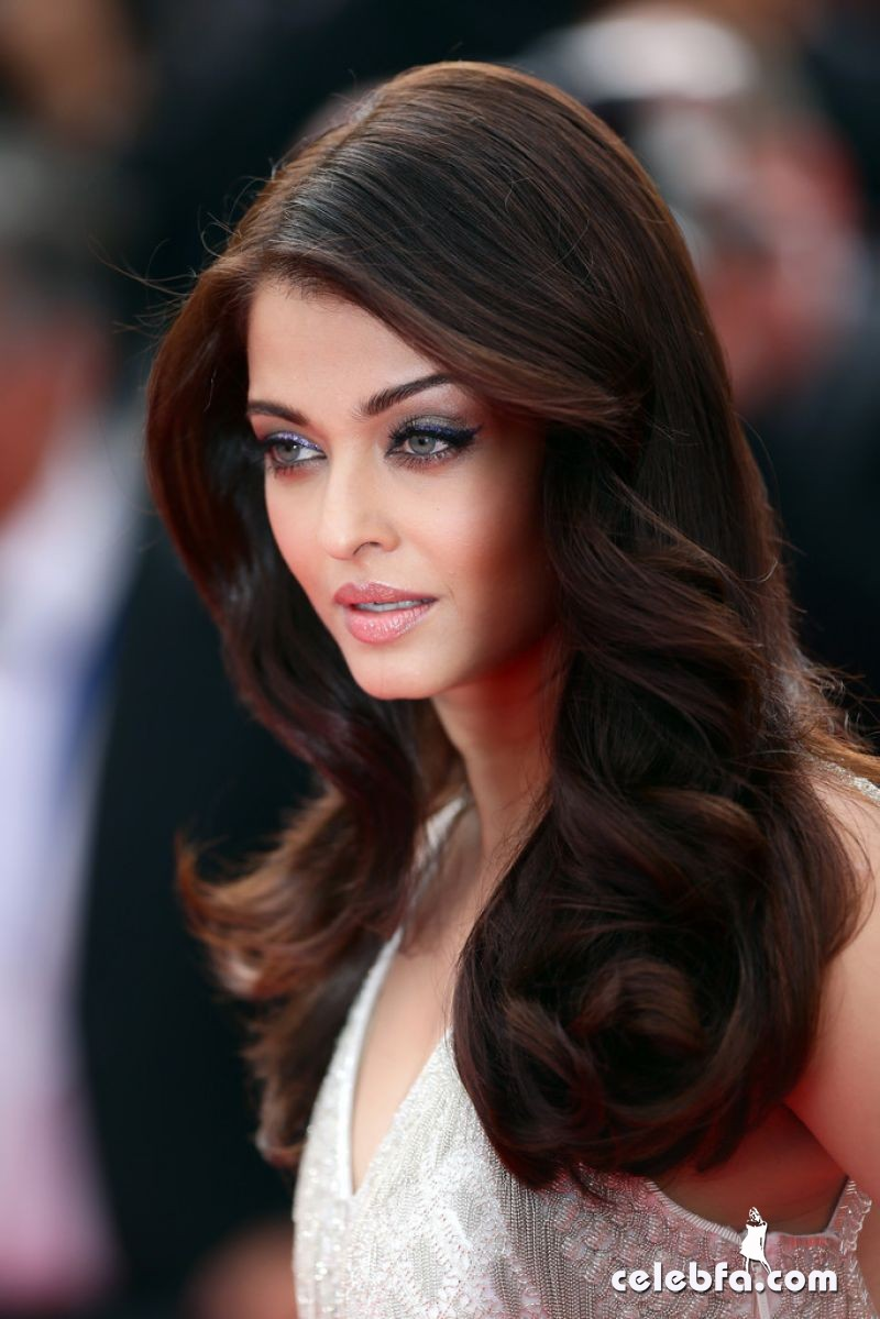 aishwarya-rai-the-search-premiere-2014-cannes-CelebFa (1)