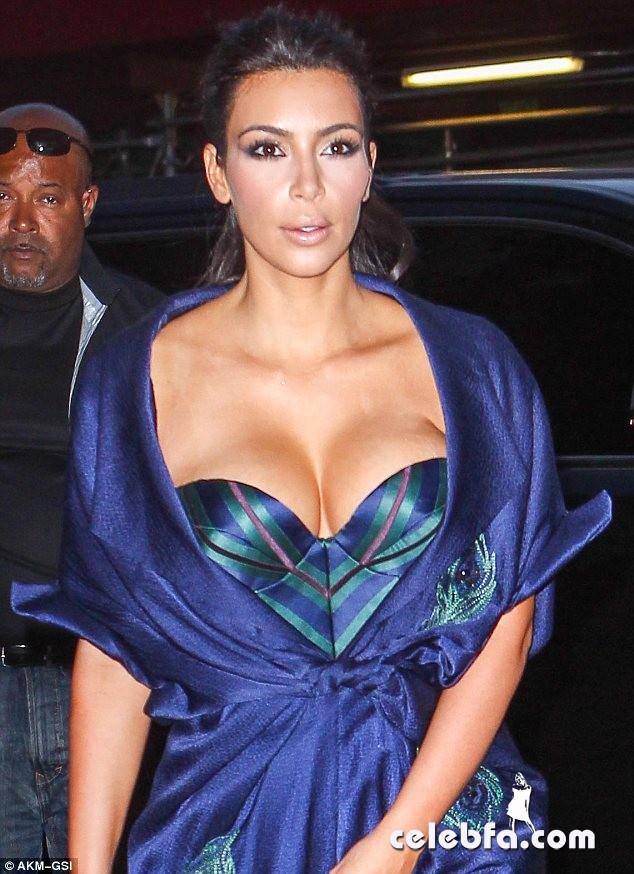 Kardashian (1)