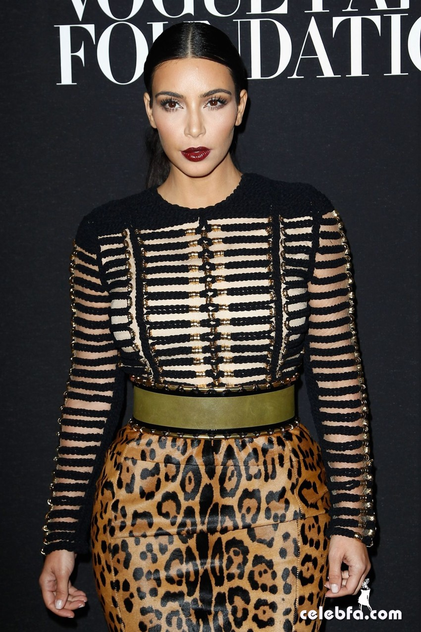 kim-kardashian-vogue-foundation-gala-paris-fashion-week (1)