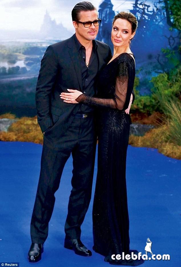 Brad Pitt and Angelina Jolie wedding (1)