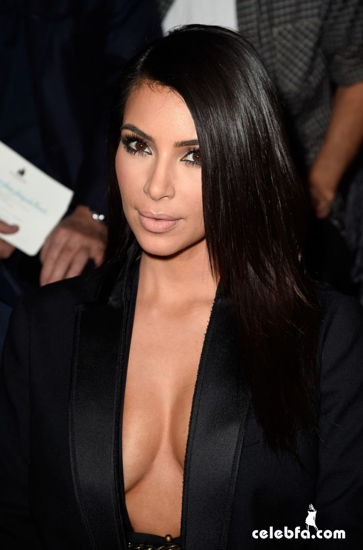 kim-kardashian-paris-fashion-week (1)