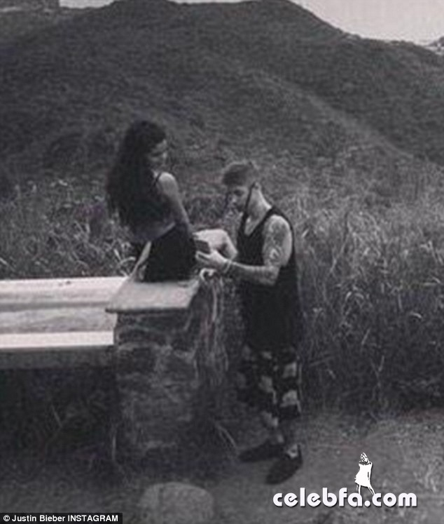Romantic-Justin-Bieber-Selena-Gomez (1)