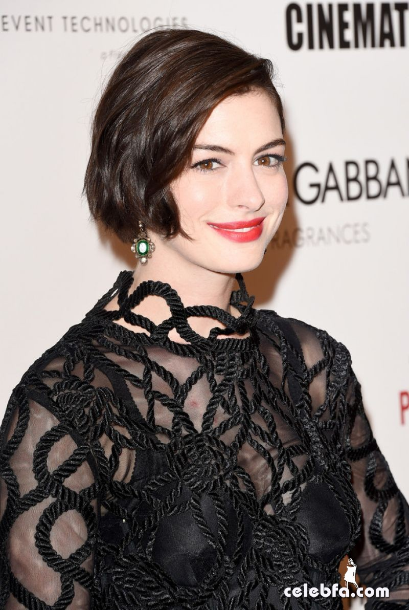 anne-hathaway-2014-american-cinematheque-awards (1)