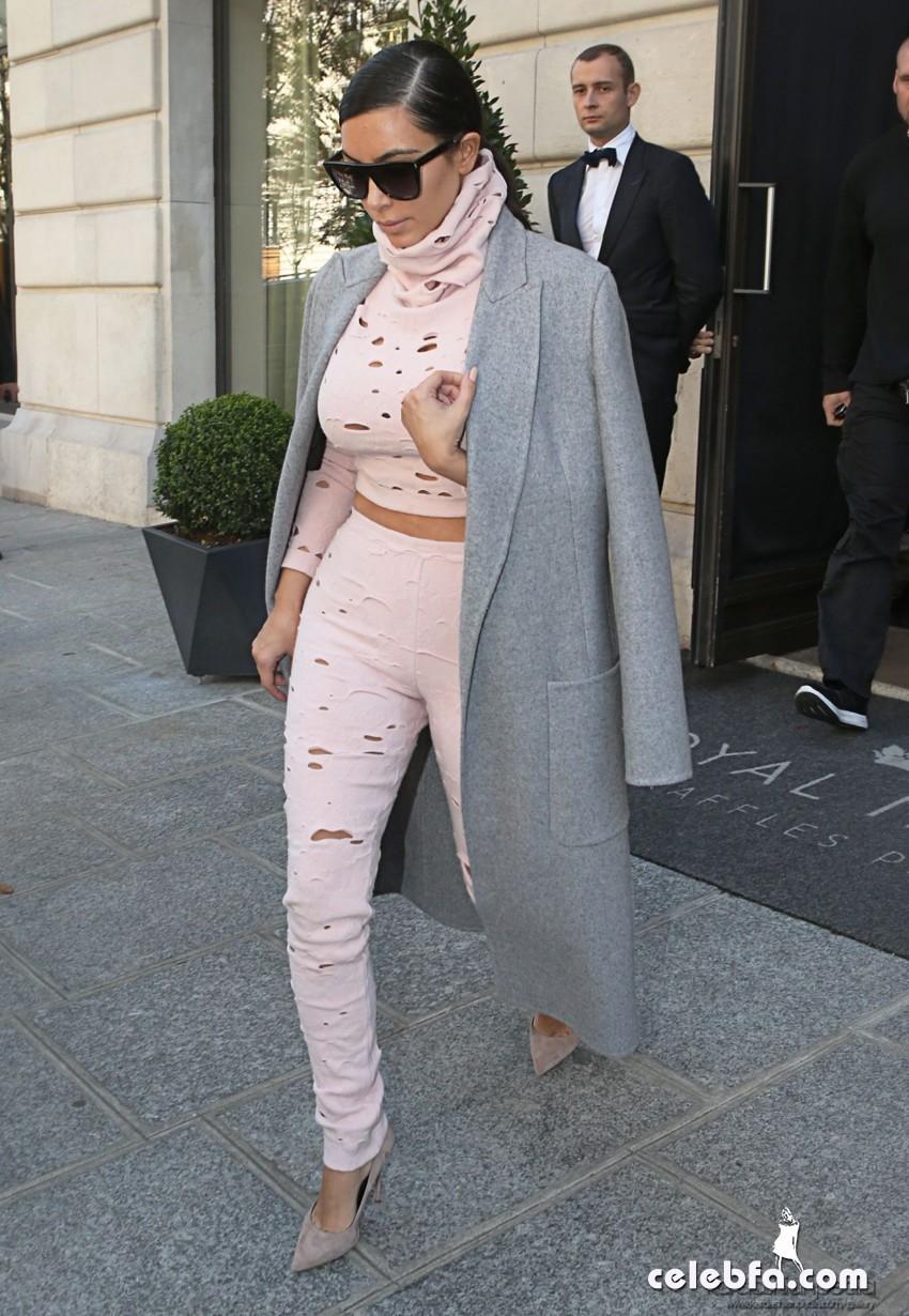 kim-kardashian-heading-to-charles-de-gaulle-airport-in-paris (1)