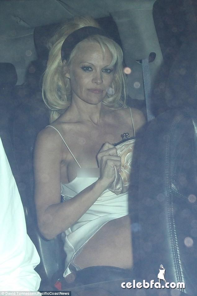 Pamela Anderson (1)