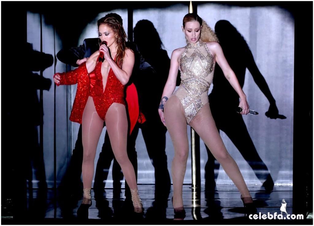 j lopez  Iggy Azalea - 2014 American Music Awards (1)