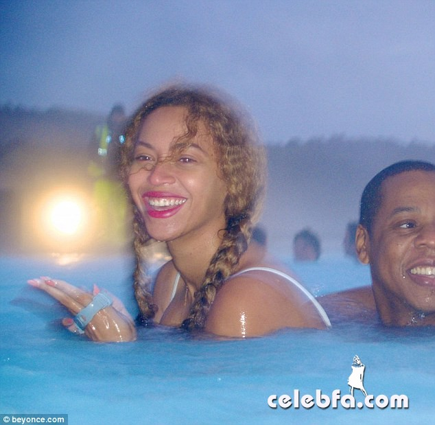 Beyoncé (8)