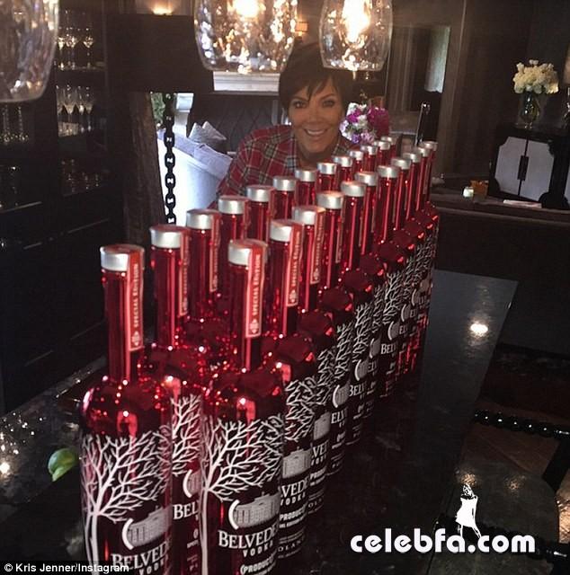 Khloe Kardashian (4)