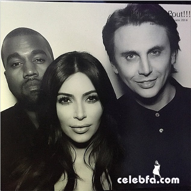 Kim-Kardashian-Santa-Claus (6)