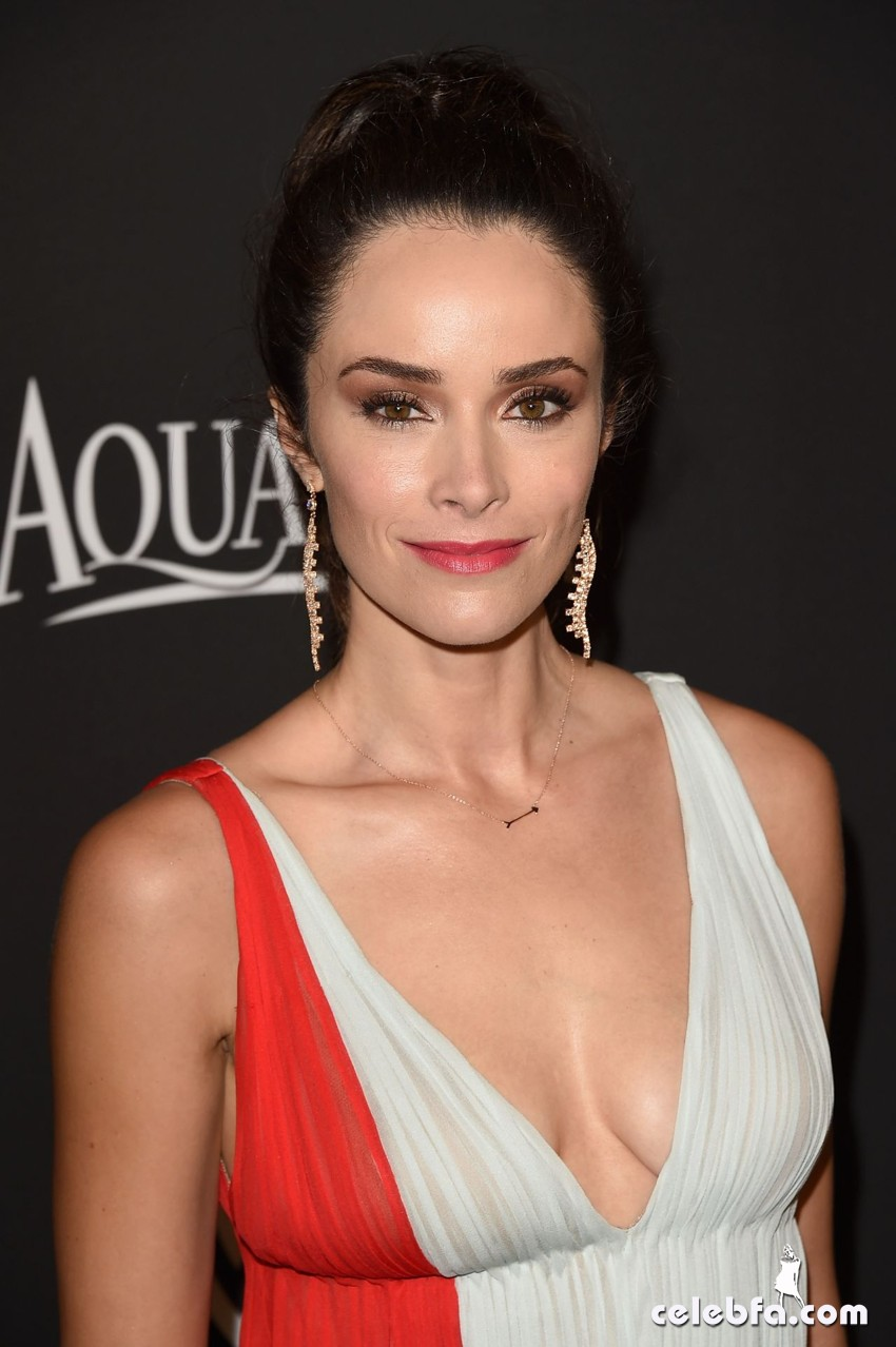 abigail-spencer-instyle-and-warner-bros-2015-golden-globes-party (4)
