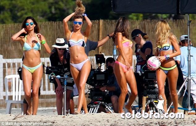 Alessandra Ambrosio and Candice Swanepoel  (22)