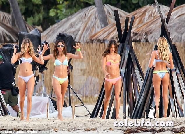 Alessandra Ambrosio and Candice Swanepoel  (5)