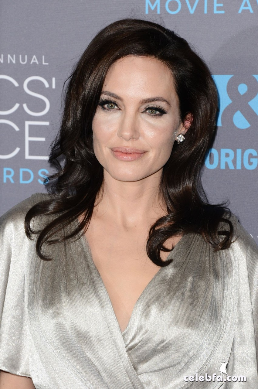 angelina-jolie-2015-critics-choice-movie-awards (1)