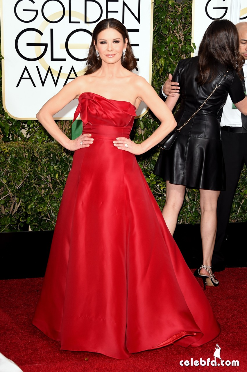 Catherine Zeta-Jones - 2015 Golden Globe Awards (2)