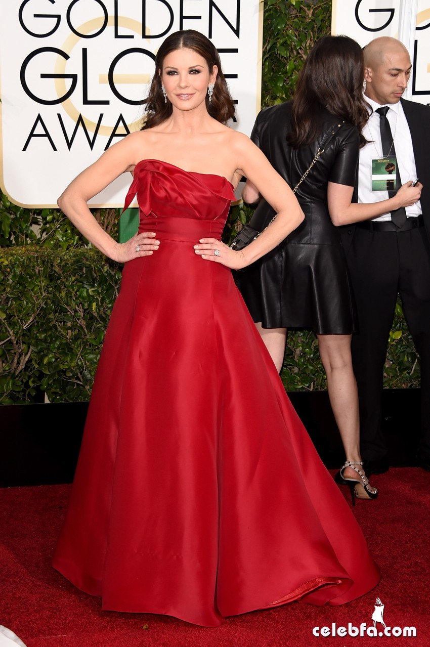 Catherine Zeta-Jones - 2015 Golden Globe Awards (3)