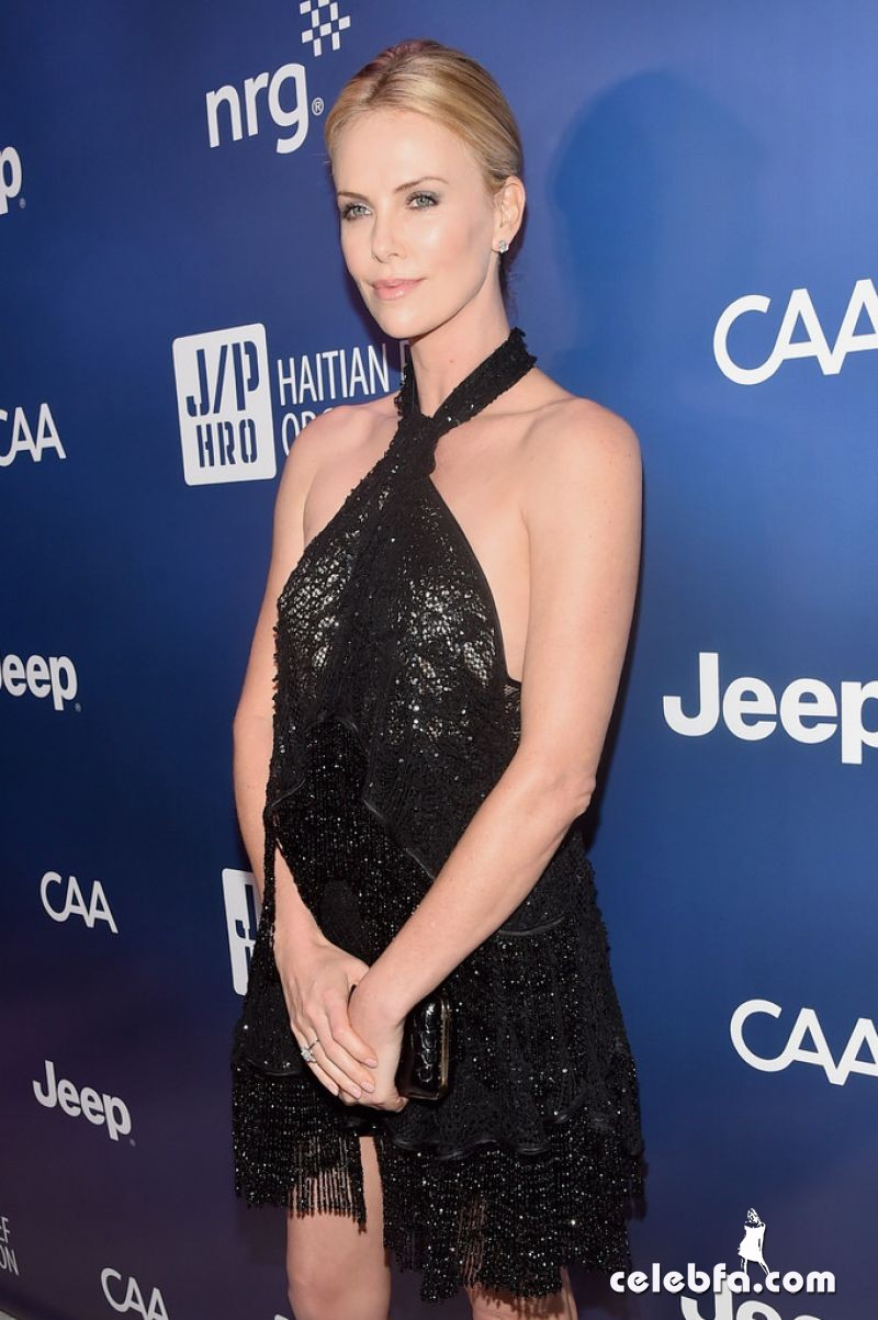 charlize-theron-2015-sean-penn-friends-help-haiti-home-gala (7)