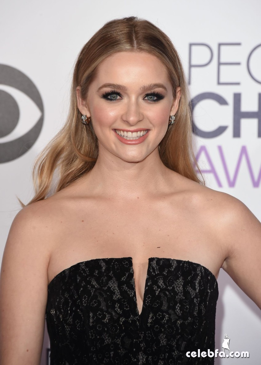 greer-grammer-2015-people-s-choice-awards (1)